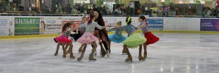 17 юних фігуристів показали житомирянам льодове шоу (ФОТОРЕПОРТАЖ)