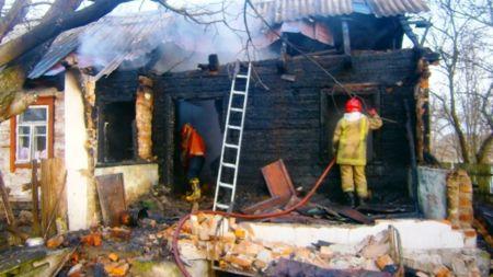 У Коростенському районі під час пожежі загинула 92-річна бабуся