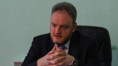 Кадрові метаморфози: звільнений заступник Сухомлина став його радником