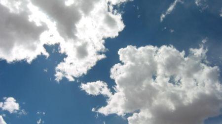 У вихідні в Житомирській області очікується хмарна погода з проясненнями