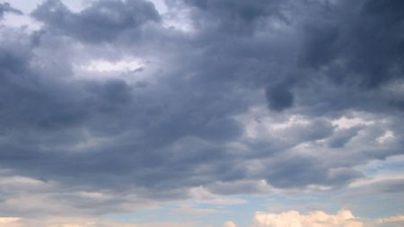 Сьогодні у Житомирі хмарно з проясненнями та без опадів