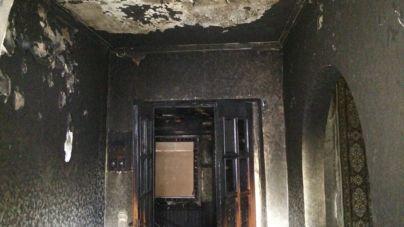 Житомиряни закликають допомогти бабусі, у якої згорів будинок
