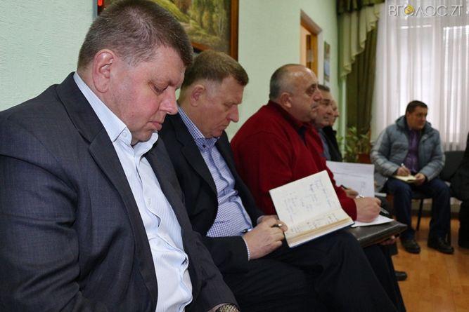 Начальники комунальних підприємств писатимуть пояснювальні, чому «провалили» доручення Ясюнецького (ФОТО)