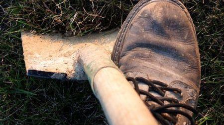 В Озерянці вбили 60-річного чоловіка і закопали на власному ж городі (ФОТО)
