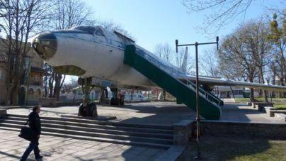 Бути чи не бути літаку у парку ім. Гагаріна? Житомирян запрошують на громадські слухання