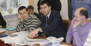 Депутат Величко хоче побудувати у своїй школі спортзал майже за 10 мільйонів (ФОТО)