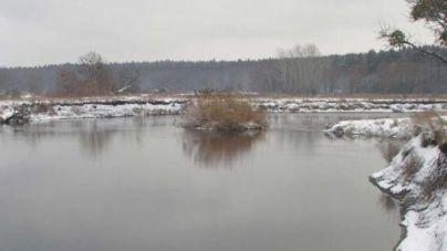 У Коростенському районі в річці знайшли потопельника