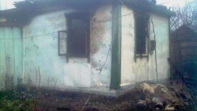 У Лугинах 91-річна жінка загинула під час пожежі у власному будинку