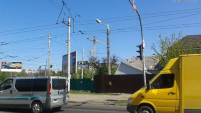 На перехресті проспекту Незалежності і вулиці Покровської трапилося ДТП