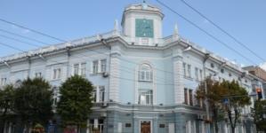 Сухомлин скликає позачергову сесію, щоб скасувати приватизацію майна