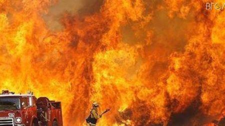 Через витік 3 тонн бензину сталася потужна пожежа