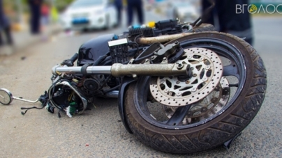 Водій авто не справився з керуванням. Загинув мотоцикліст