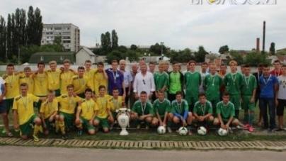 Чемпіонат області з футболу поки що без переможця. Одна з команд подала протест