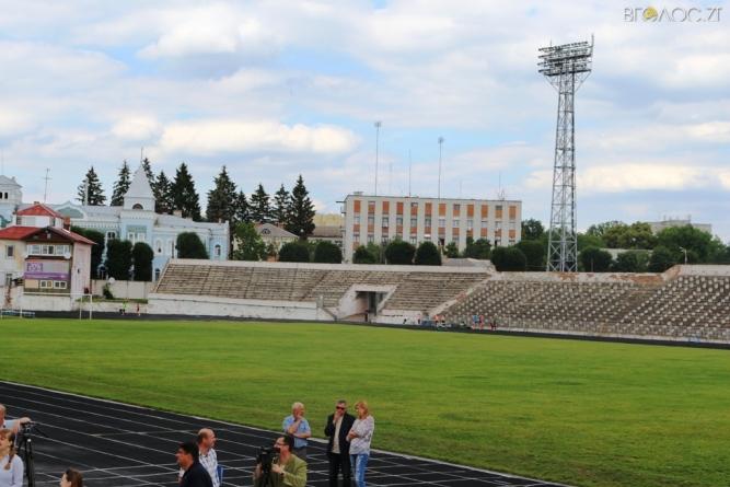 У прокуратурі розповіли про «махінації» з коштами під час реконструкції стадіону «Полісся», будівництва амбулаторій та доріг