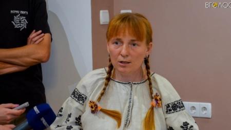 У Домі української культури відкрили виставку весільних рушників та одягу (ФОТО) (ОНОВЛЕНО)