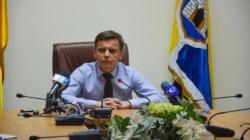Сергій Сухомлин зобов'язав своїм розпорядженням  підлеглих виконувати Закон України