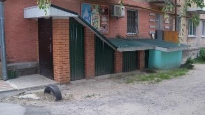 У Новограді капітально взялися за ремонт спортивних приміщень