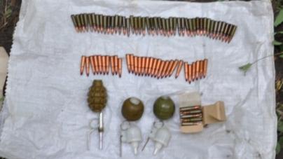 Під Житомиром виявили схрон із гранатами та набоями