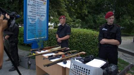 Поліцейські показали житомирянам своє оснащення і техніку (ФОТО)