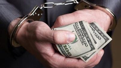 Оперативника, який взяв 65 тисяч хабара, можуть відпустити за 87 тисяч