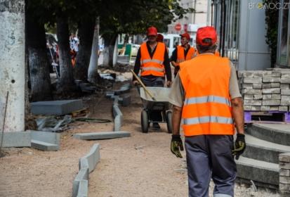 Львівські підрядники по реконструкції центральних тротуарів Житомира подали в суд на мерію