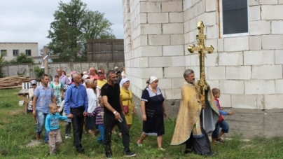 В Олевську освятили купол першої церкви Київського патріархату (ФОТО)