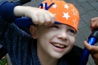 10-річний житомирянин, який пережив iнсульт, потребує допомоги!