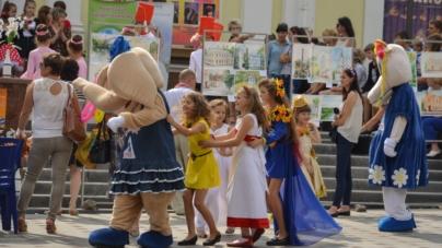 Біля історичної водонапірної вежі у Житомирі відбувся фестиваль (ФОТО)