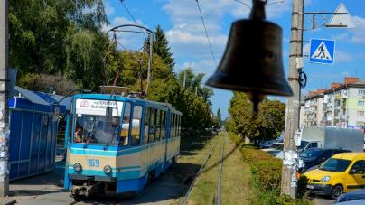 Житомиряни збирають підписи, щоб зберегти трамваї у місті