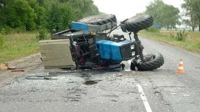 18-річного водія розчавив трактор