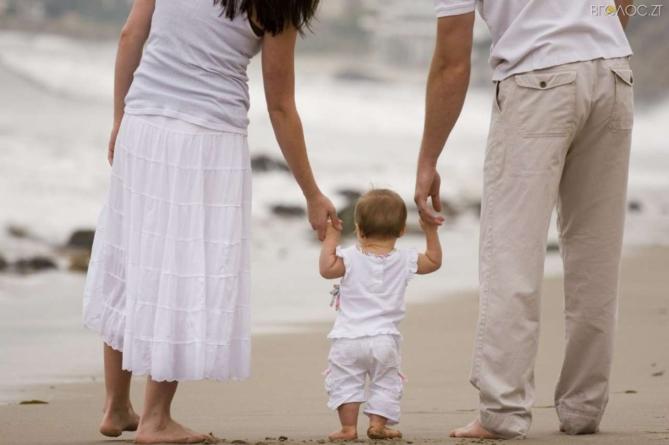 Хлопчиків почало народжуватися більше, ніж дівчаток, – статистика