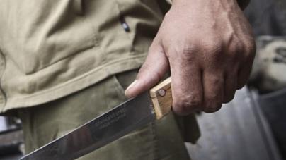 Через ревнощі 20-річний житомирянин опинився у лікарні з ножовим поранення