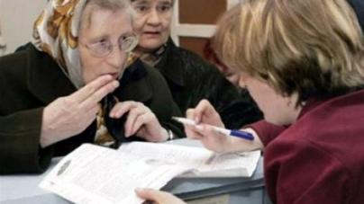 Майже 200 безробітних розповідають громадянам про субсидії