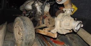 13 чоловіків приїхали на 2 автомобілях видобувати бурштин в Овруцькому районі