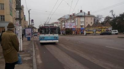 У тролейбусах № 5-А розмістили розклад їхнього руху
