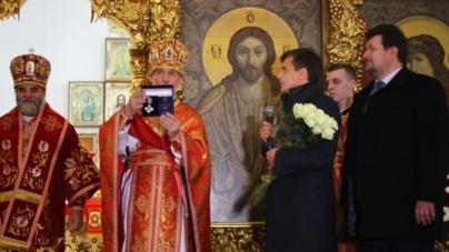 Настоятеля Свято-Михайлівського кафедрального собору нагородили  відзнакою «За заслуги перед містом»