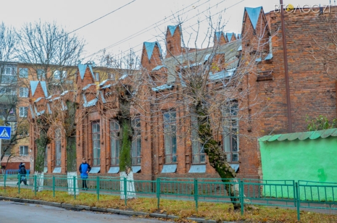 У фотооб'єктиві – вулиця Степана Бандери. Фотоекскурсія Житомиром триває