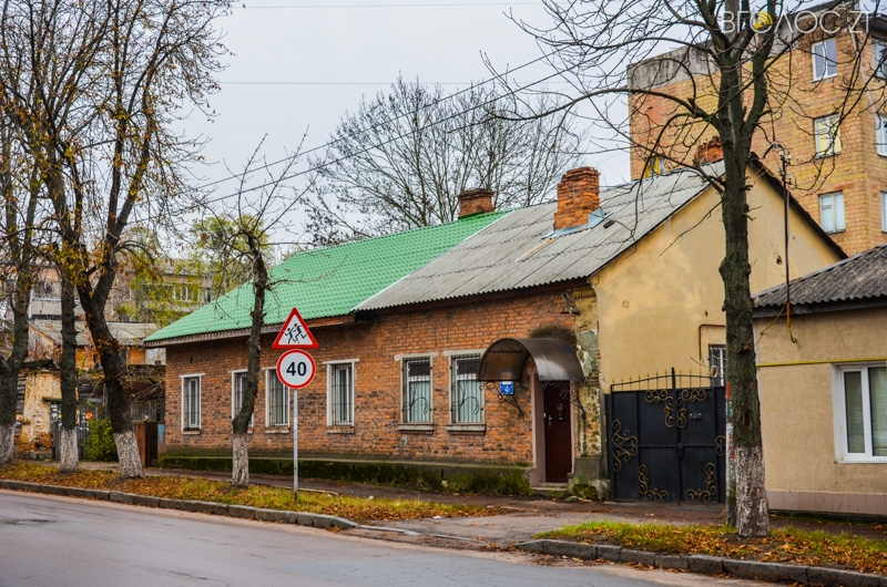 vulytsya-dombrovskogo-24-yz-85