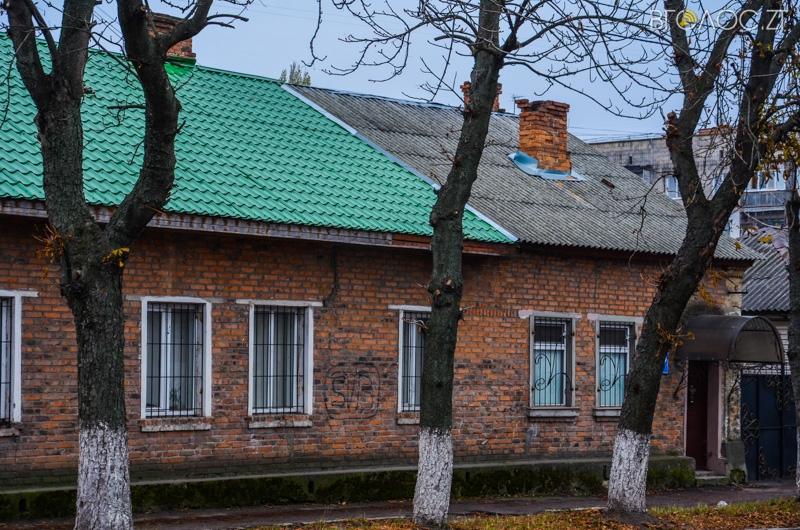 vulytsya-dombrovskogo-26-yz-85