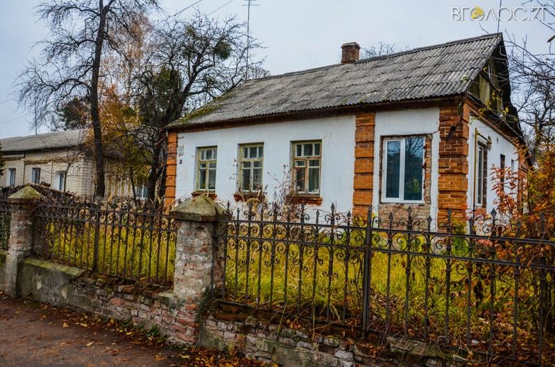 vulytsya-dombrovskogo-40-yz-85