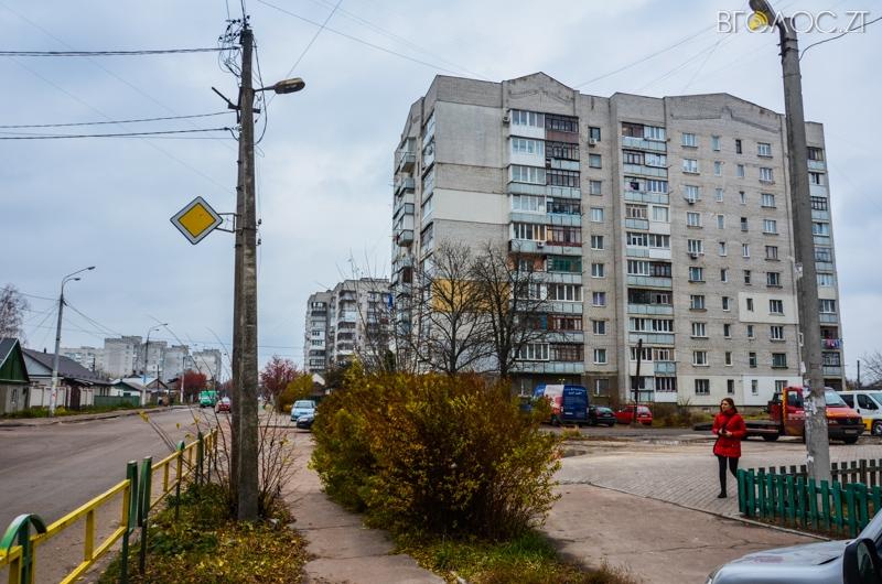 vulytsya-dombrovskogo-83-yz-85