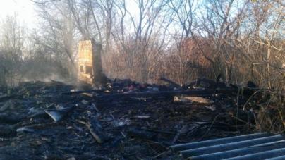 За добу в області на пожежах загинули дві людини – 49-річна жінка та 66-річний чоловік