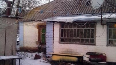Через жарину, яка викотилася з груби, у Ружинському районі загинула 60-річна жінка