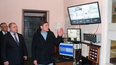 Проект «Безпечне місто» презентували у Радомишльському відділенні поліції