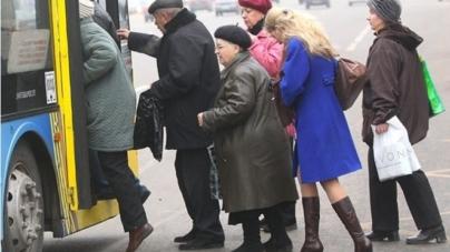 Обмеження у часі безкоштовного проїзду житомирських пенсіонерів у маршрутках незаконне, – суд