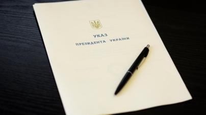 Порошенко відзначив педагога з Житомирського району