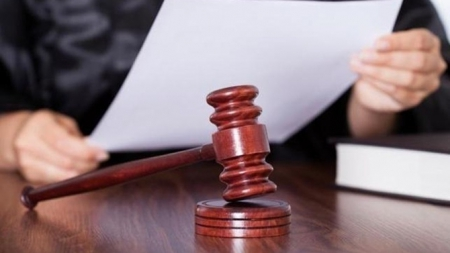 Судитимуть чиновницю, яка «торгувала» закордонними біометричними паспортами