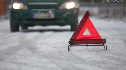 Жахливе ДТП у Новограді: фура збила двох велосипедистів. Один з них загинув