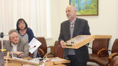Понад 400 тисяч виділять на обладнання з фізики для двох житомирських шкіл