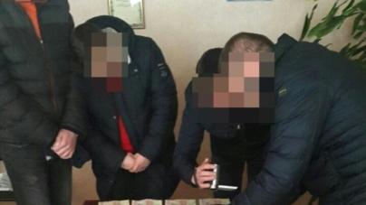 На хабарі у 5 тисяч гривень затримали голову райдержадміністрації